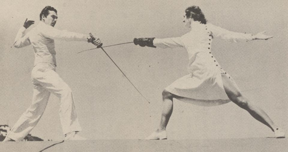 Woman Fencer 1